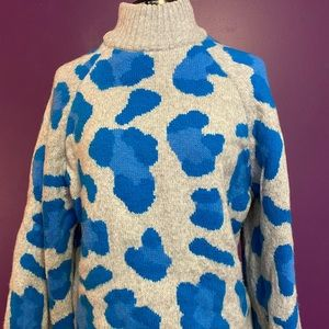 The coziest sweater, EVER! NWOT
